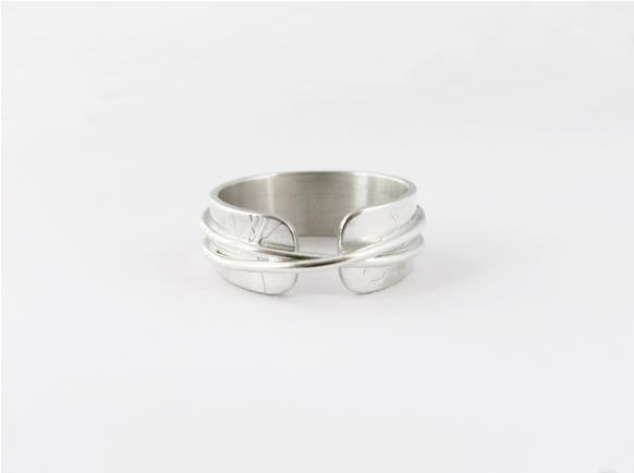 Narrow textured infinity ring in sterling silver