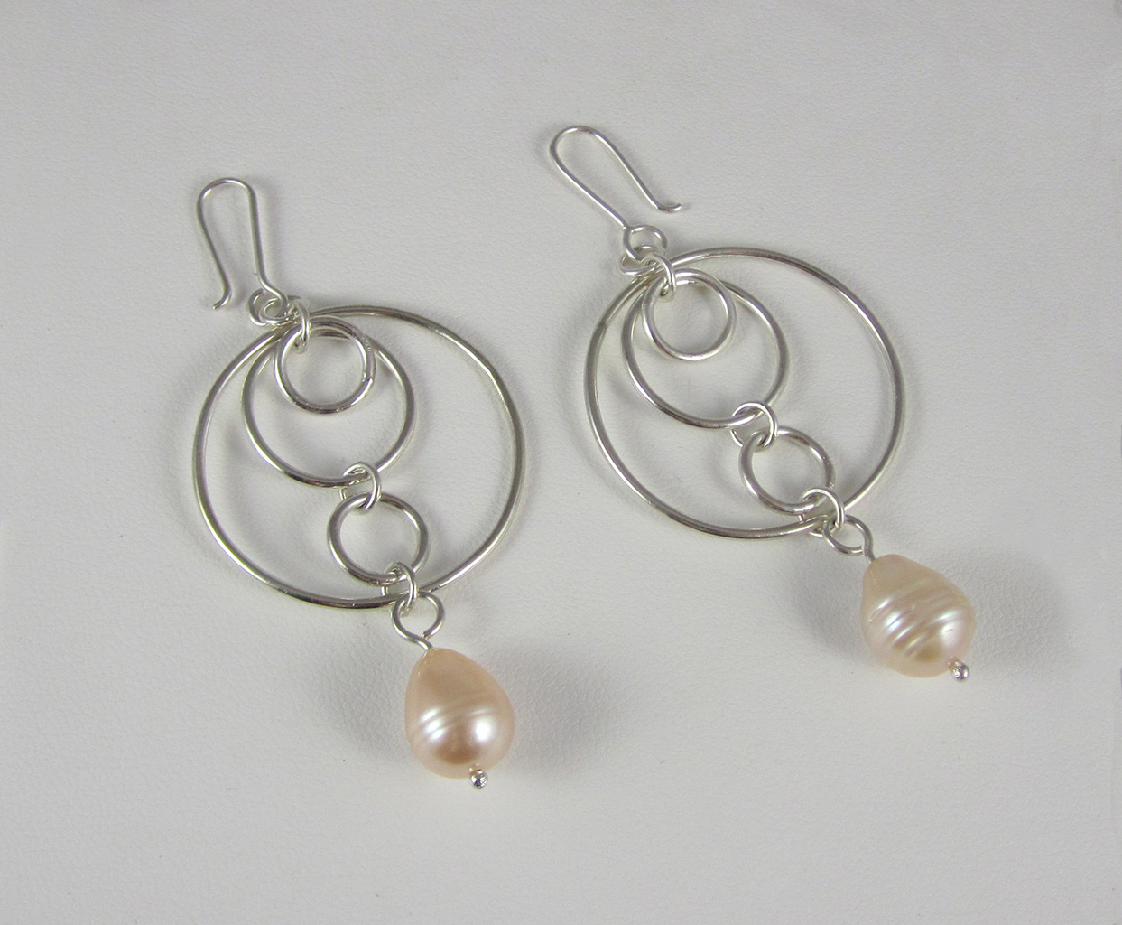 Earrings for the mother of the bride