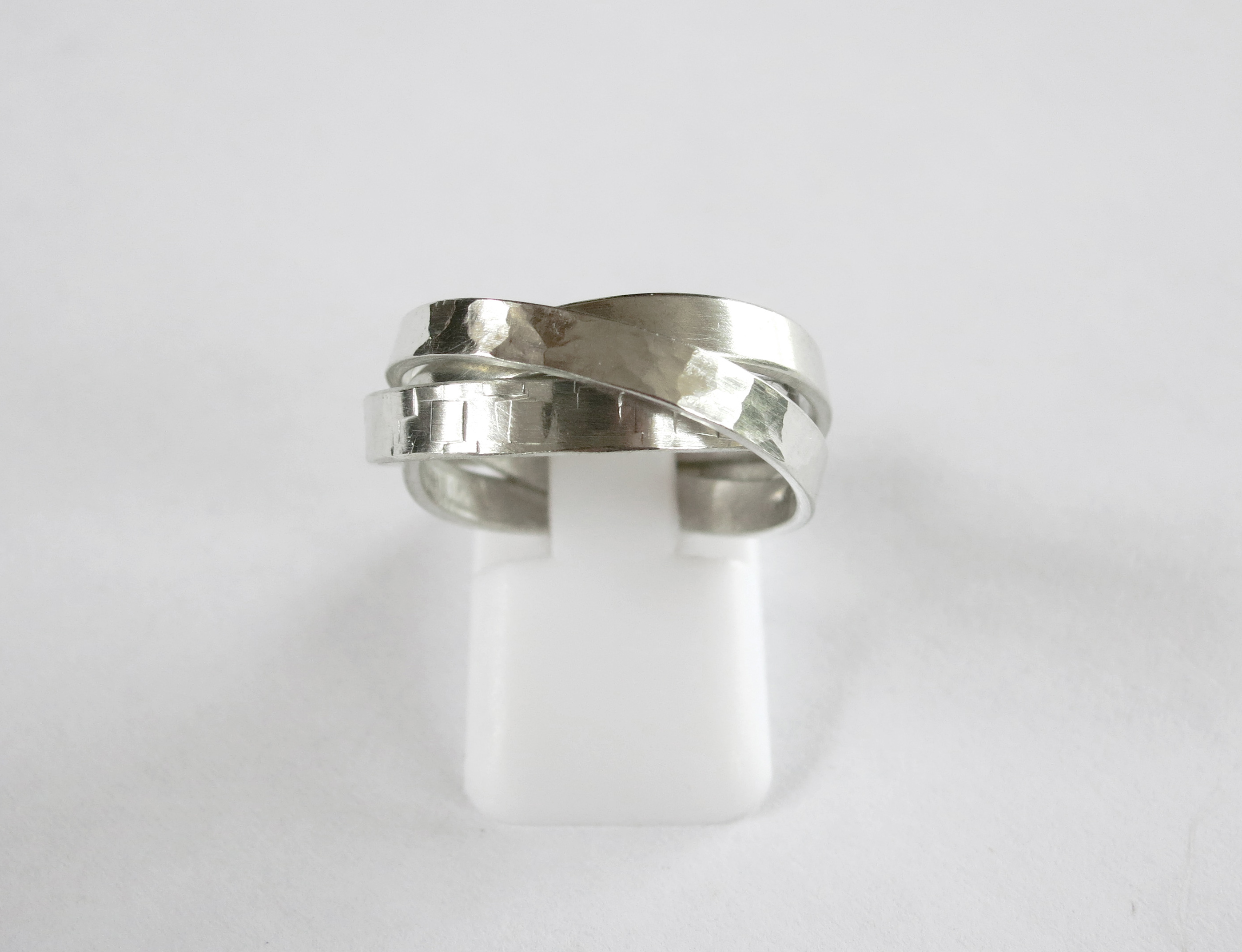 jewelry or metallic et rings cartier white in lyst trinity amour gallery ring