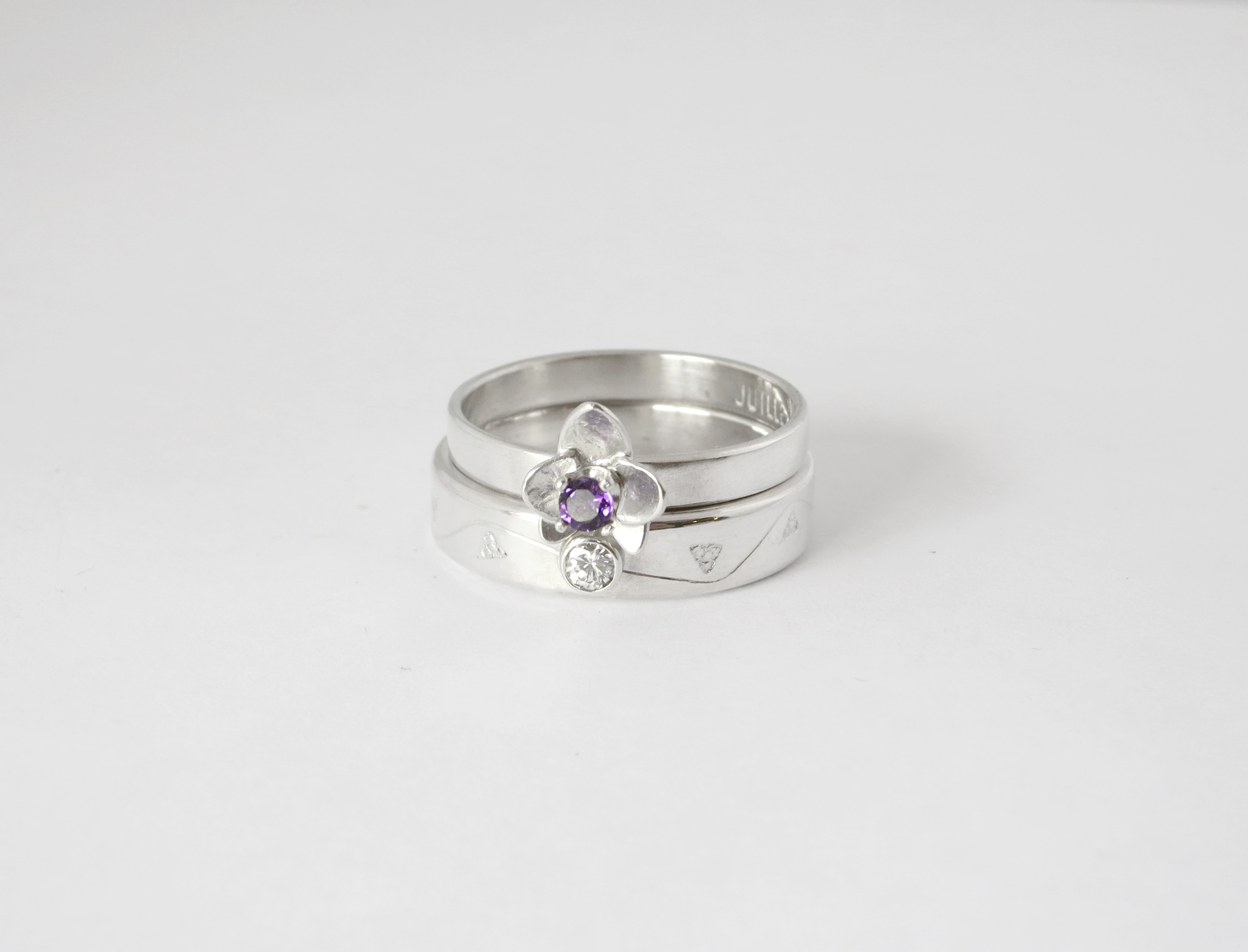 Wedding ring set in sterling silver with amethyst and diamond